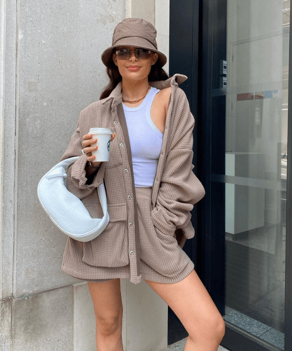 Alicia Roddy - Street Style - tendências de inverno - Inverno  - Steal the Look  - https://stealthelook.com.br