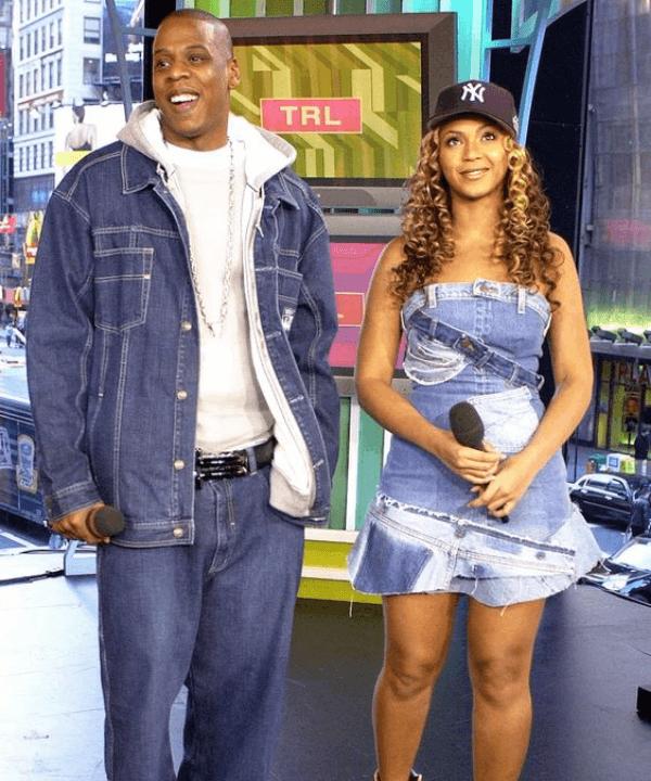 Beyoncé e Jay-Z - Anos 2000 - tendências esportivas dos anos 2000 - Inverno  - Steal the Look  - https://stealthelook.com.br
