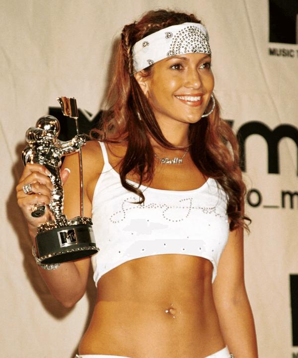 Jennifer Lopez - Street Style - tendências esportivas dos anos 2000 - Inverno  - Steal the Look  - https://stealthelook.com.br