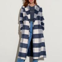 casaco trench coat estampado xadrez com faixa para amarrar mindset azul