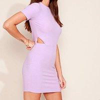 vestido feminino curto canelado com recorte vazado manga curta lilás