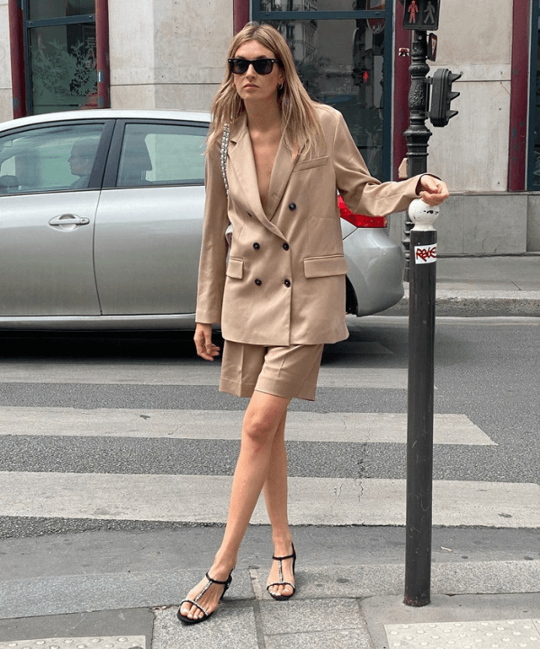 Camille Charriere - Street Style - bermuda ciclista - Verão - Steal the Look  - https://stealthelook.com.br