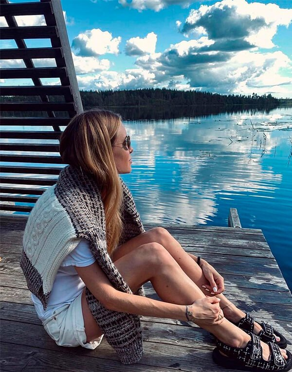 It girls - Glamping - Glamping - Inverno - Street Style - https://stealthelook.com.br