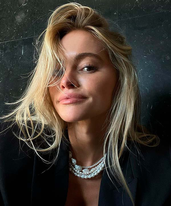 Claire Rose Cliteur - cabelo - cabelo loiro - inverno  - brasil - https://stealthelook.com.br