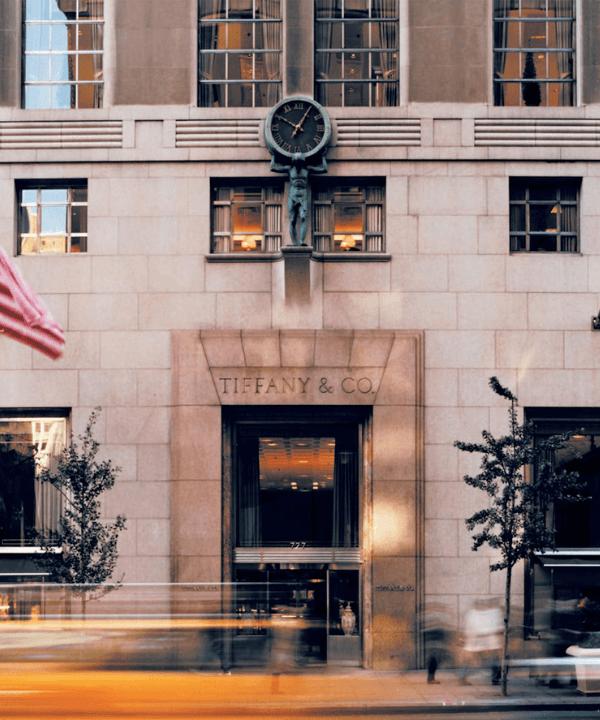 Flagship de Nova York - Street Style - Tiffany & Co - Inverno  - Nova York - https://stealthelook.com.br