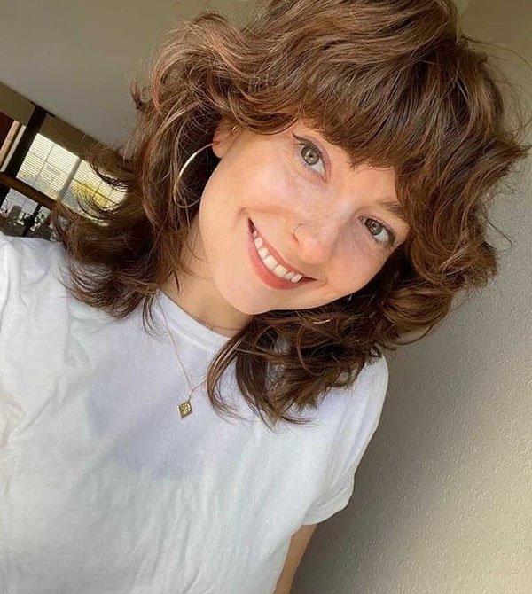 Marcella - cabelo repicado  - curtain bags - corte em camadas - franjas  - https://stealthelook.com.br