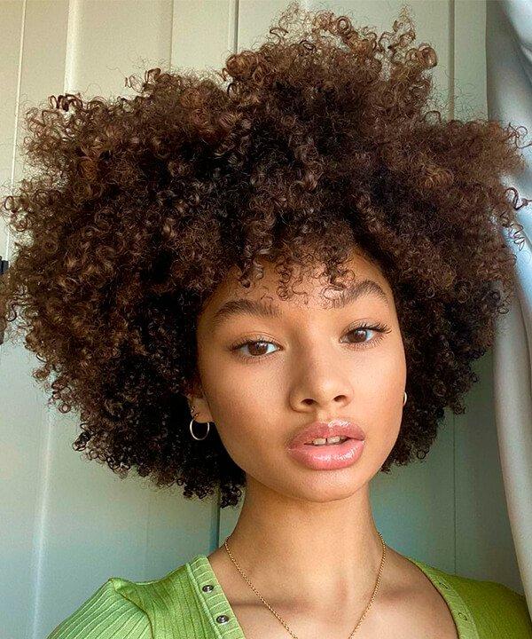 Hannah Mussette  - cabelo - cabelo crespo - inverno - brasil - https://stealthelook.com.br