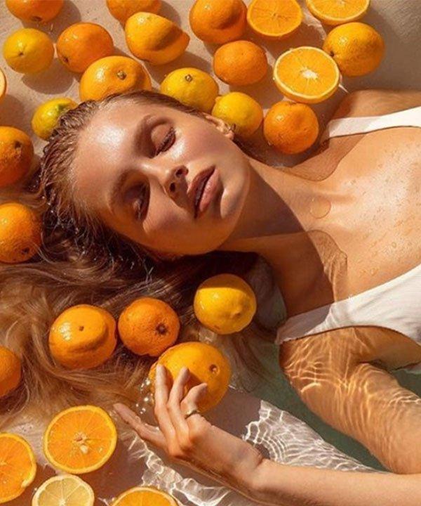 Amberly Valentine  - cabelos quebradiços - queda de cabelo  - como cuidar de queda de cabelo  - unhas fracas  - https://stealthelook.com.br