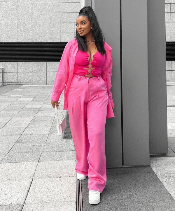 Vanessa Daniels - Street Style - tendência cut-out - Verão - Steal the Look  - https://stealthelook.com.br