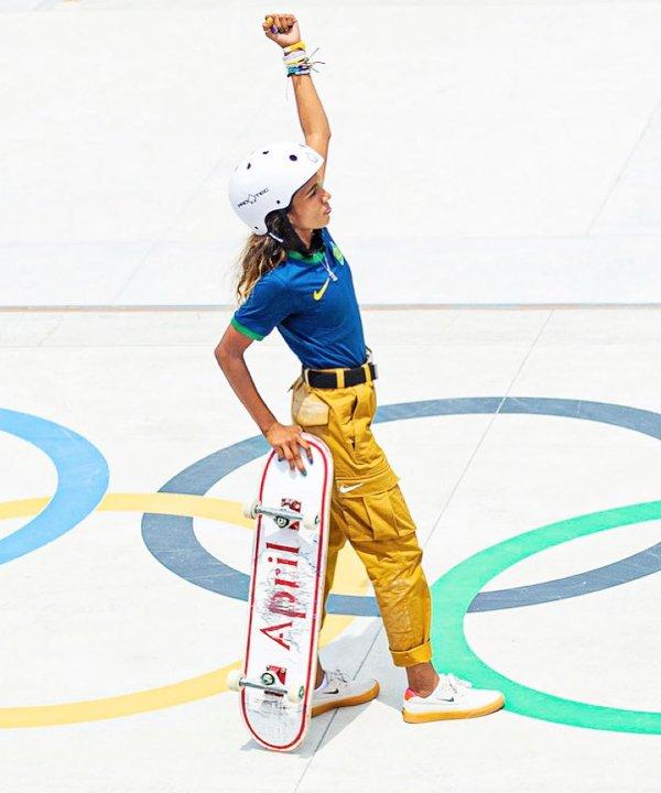Rayssa Leal - 2021 - tenniscore - skatecore - tendências athleisure - https://stealthelook.com.br
