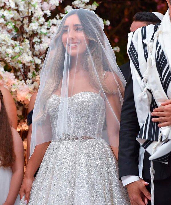 Lidar Cohen Nehmad - noiva - véu de noiva - inverno  - brasil - https://stealthelook.com.br
