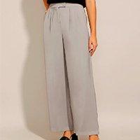 calça wide pantalona alfaiataria com pregas e bolsos cintura super alta cinza claro