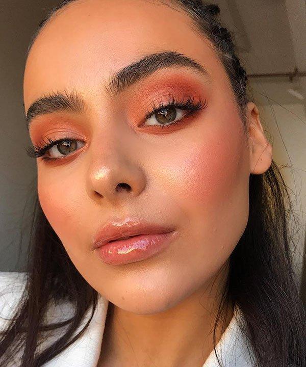 cor laranja  - blush alaranjado  - cor tendência  - gloss alaranjado - sombra laranja  - https://stealthelook.com.br