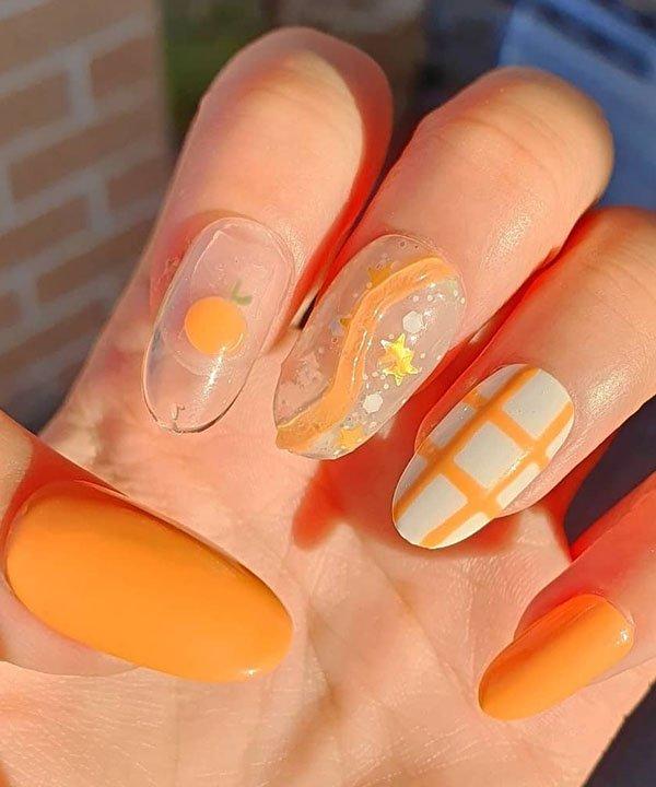 nail arts - tendências de unha para o verão  - cor tendência - tendências de verão  - esmalte laranja  - https://stealthelook.com.br