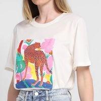 Camiseta All Is Love Onça Tropical Feminina - Off White