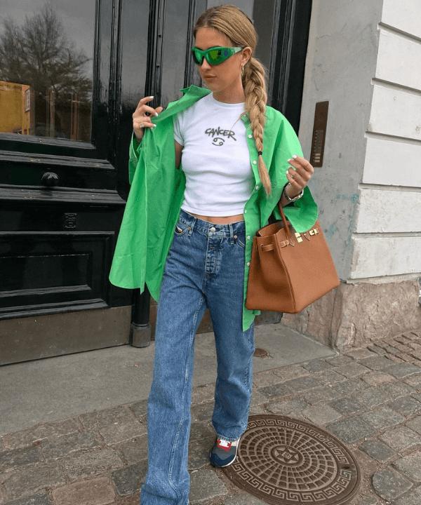 Emili Sindlev - Street Style - camisa verde - Verão - Steal the Look  - https://stealthelook.com.br