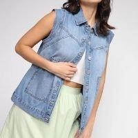 Colete Jeans Dzarm Estonado Feminino - Azul