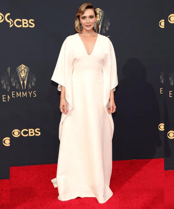 Elizabeth Olsen - Tapete vermelho - Emmy Awards 2021 - Inverno  - Steal the Look  - https://stealthelook.com.br