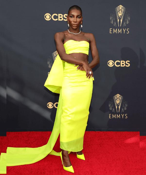 Michaela Coel - Tapete vermelho - Emmy Awards 2021 - Verão - Los Angeles - https://stealthelook.com.br