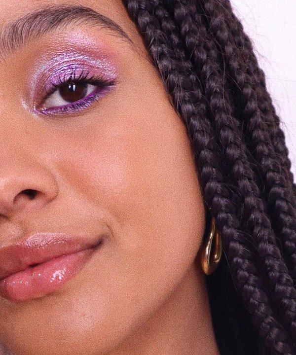 sombra cintilante  - sombra furta-cor   - maquiagem com brilho  - make para o verão  - maquiagem glitterinada  - https://stealthelook.com.br