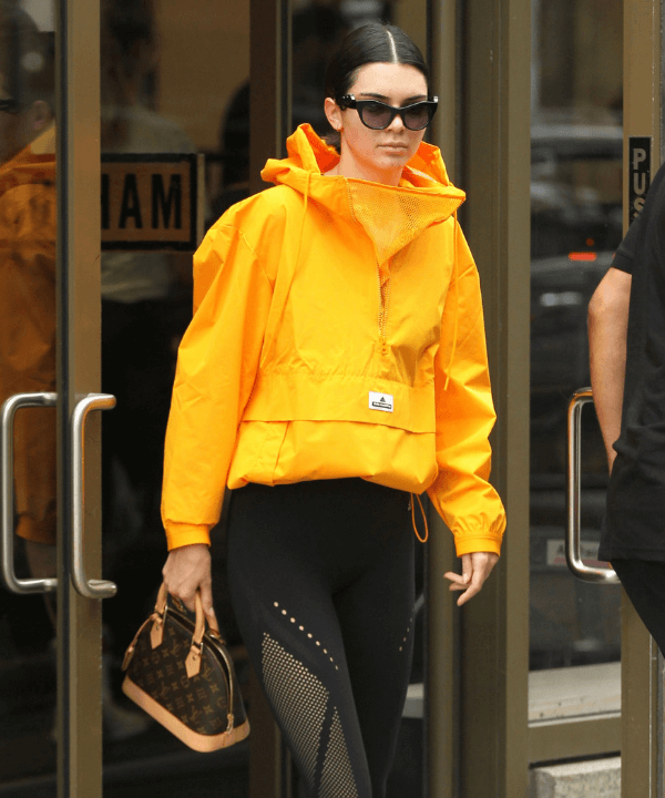 Kendall Jenner - Street Style - Gorpcore - Outono - Steal the Look  - https://stealthelook.com.br