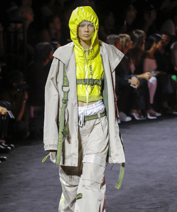 Fenty x Puma  - Desfile - Gorpcore - Primavera - Steal the Look  - https://stealthelook.com.br