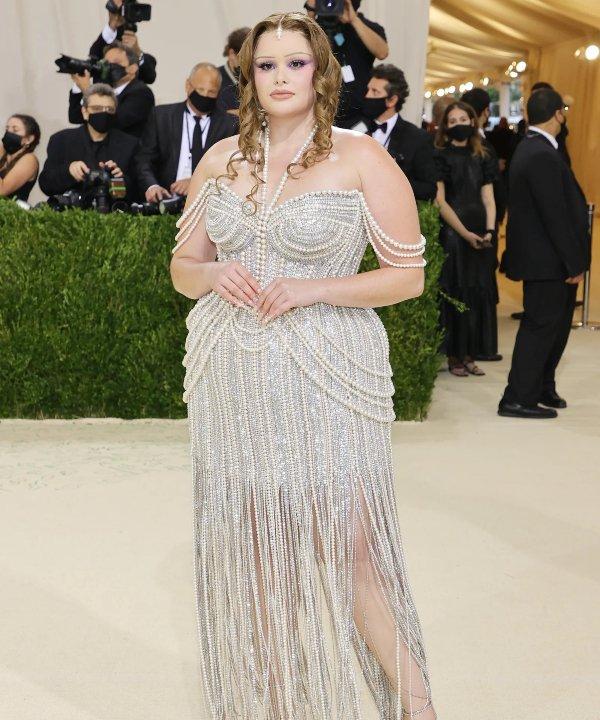 Barbie Ferreira - 2021 - MET Gala - Vogue - Metropolitan Museum of Art - https://stealthelook.com.br
