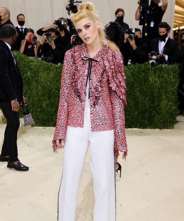 Kristen Stewart - 2021 - MET Gala - Vogue - Metropolitan Museum of Art - https://stealthelook.com.br