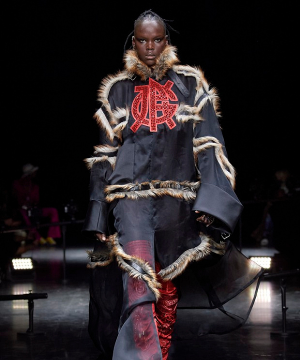 Jean Paul Gaultier  - Street Style - moda swag - Inverno  - Steal the Look  - https://stealthelook.com.br