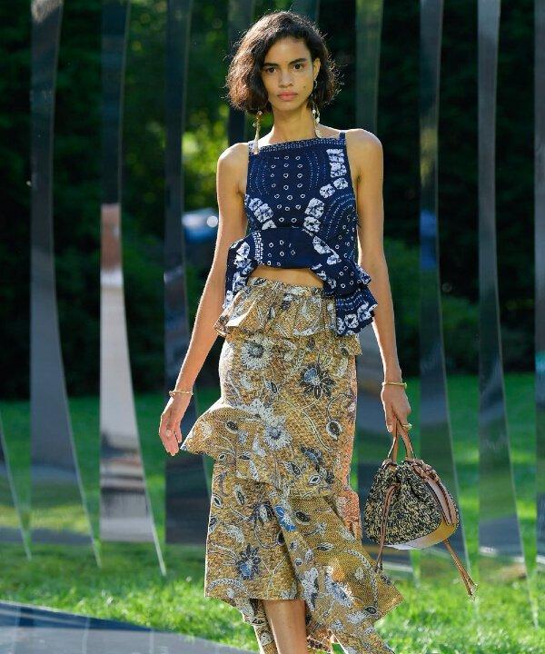 Ulla Johnson - 2022 - New York Fashion Week - Primavera - Verão - estampas  - https://stealthelook.com.br