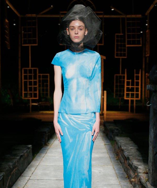 Thom Browne - 2022 - New York Fashion Week - Primavera - Verão - azul - https://stealthelook.com.br
