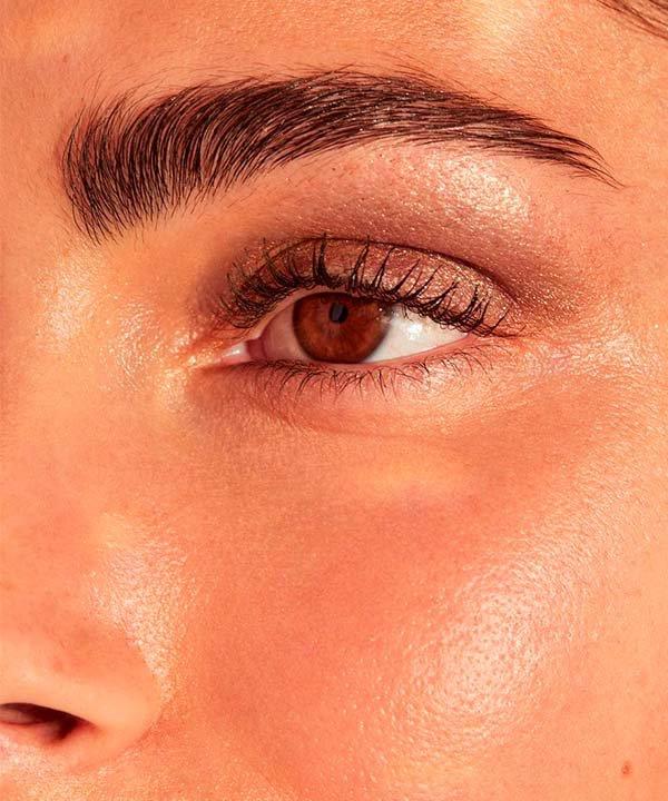 Skye Jones - sobrancelha - sobrancelha perfeita - inverno  - brasil - https://stealthelook.com.br