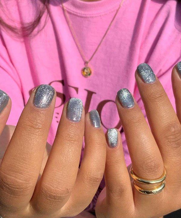 unhas com brilho - como usar esmalte com glitter - esmalte com glitter - nova tendência de unhas - glitter nas unhas - https://stealthelook.com.br