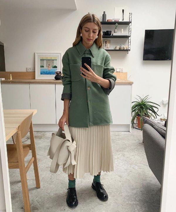 Brittany Bathgate - roupas - roupas para entrevista de emprego - looks - entrevista de emprego - https://stealthelook.com.br