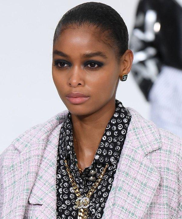 Chanel - 2022 - tendências de beleza - Primavera - Verão - semana de moda - https://stealthelook.com.br