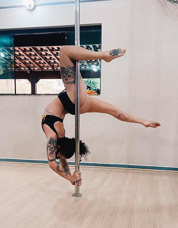 It girls - pole dance - pole dance - Primavera - Em casa - https://stealthelook.com.br