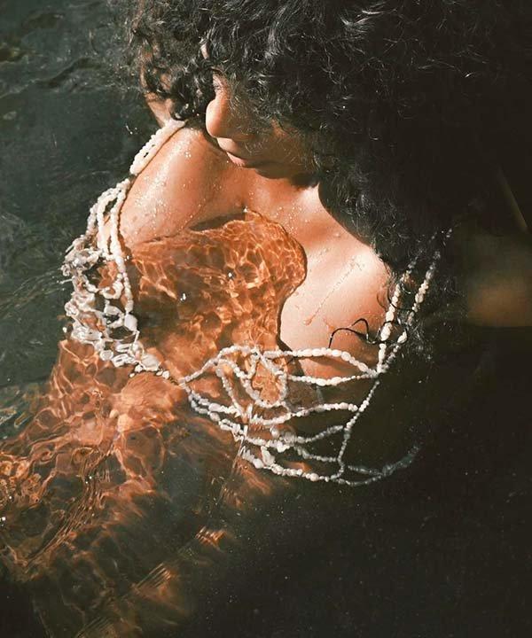 hannah thornhill - sexual care - bem-estar sexual - primavera - brasil - https://stealthelook.com.br