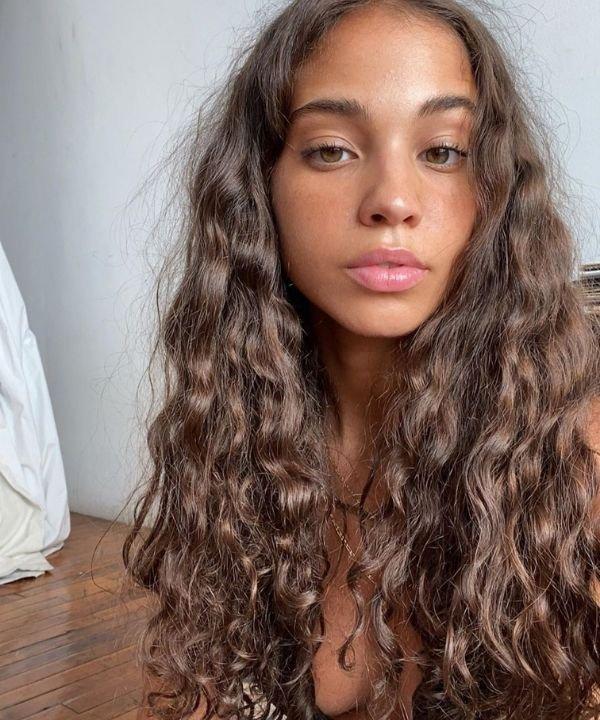 cabelos cacheados  - acne capilar  - acne no couro cabeludo  - tratamento para acne capilar - como tratar acne  - https://stealthelook.com.br