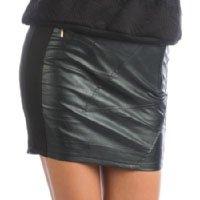 mini-saia-preta-de-couro