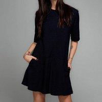 vestido risca de giz